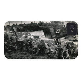 WWII Marines offload Supplies on Iwo Jima iPhone 4 Case