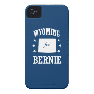 WYOMING FOR BERNIE SANDERS iPhone 4 Case-Mate CASES