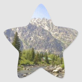 WYOMING - TETONS STAR STICKER