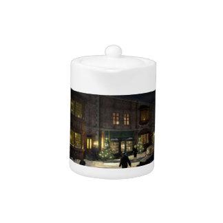 x-mas shopping teapot