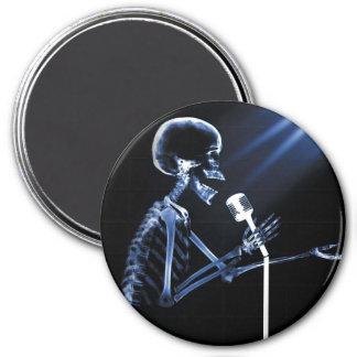 X-RAY SKELETON SINGING ON RETRO MIC - BLUE MAGNET