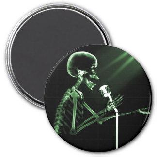 X-RAY SKELETON SINGING ON RETRO MIC - GREEN REFRIGERATOR MAGNET