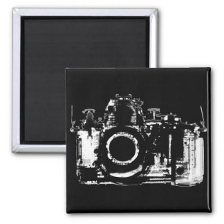 X-RAY VISION CAMERA - BLACK & WHITE 2 INCH SQUARE MAGNET