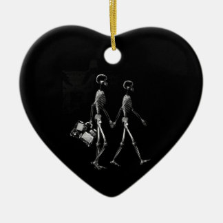 X-RAY VISION SKELETON COUPLE TRAVELING B W ORNAMENT