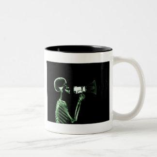 X-RAY VISION SKELETON ON MEGAPHONE - GREEN Two-Tone COFFEE MUG