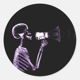 X-RAY VISION SKELETON ON MEGAPHONE - PURPLE CLASSIC ROUND STICKER