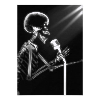 X-RAY VISION SKELETON SINGING ON RETRO MIC - B W ANNOUNCEMENTS