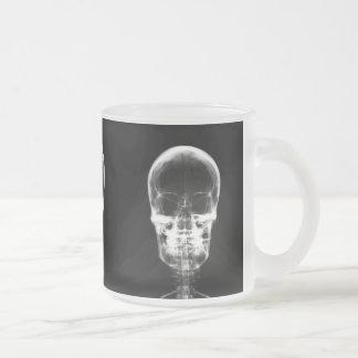 X-RAY VISION SKELETON SKULL - B&W FROSTED GLASS MUG
