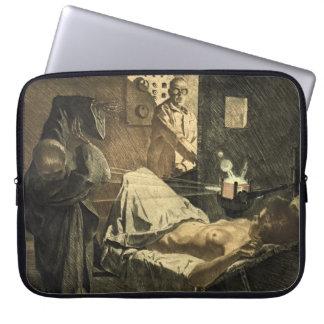 X-rays 1920 laptop sleeve