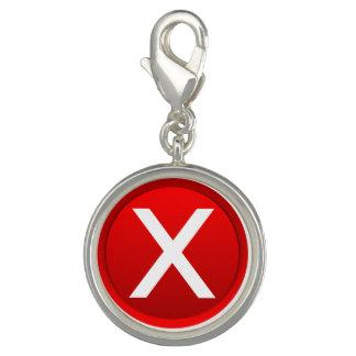 X rojo - Ningún/símbolo incorrecto Dijes