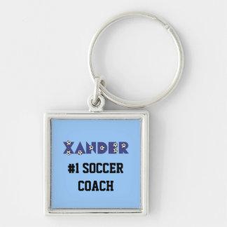 Xander en azul del fútbol llavero cuadrado plateado