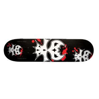 XenoSkull Custom Skateboard