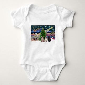 Xmas Magic-3Pugs-2fawn-1blk Baby Bodysuit
