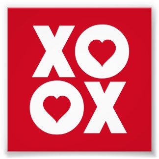 XOXO abraza y besa el día de San Valentín Foto