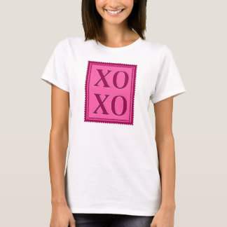 XOXO Stamp in pink T-Shirt