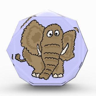 XX dibujo animado divertido del elefante