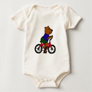 XX dibujo animado que monta en bicicleta del oso Enterito