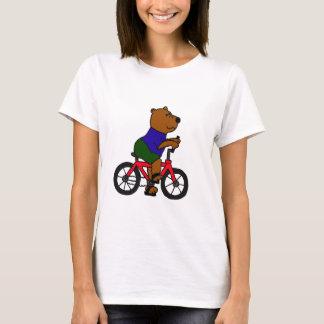 XX dibujo animado que monta en bicicleta del oso Playera