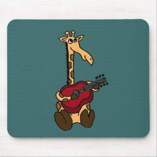XX jirafa impresionante que toca la guitarra Alfombrilla De Ratones