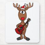 XX reno de Rudolph que toca la guitarra Tapetes De Ratón