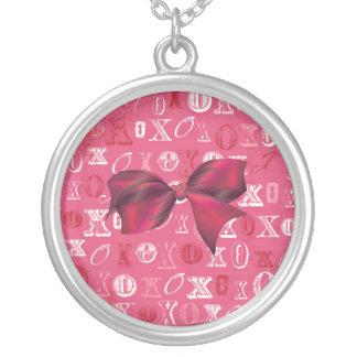 XXOO Bows & Roses Matching Set Round Pendant Necklace