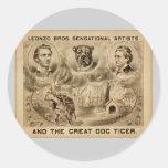 """Y el tigre del gran perro, vintage de """"Leonzo Pegatina Redonda"""