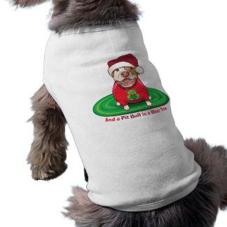 Y un pitbull en camiseta del oso ropa perro