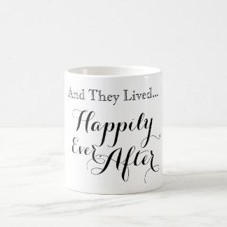 Y vivieron feliz nunca después de taza