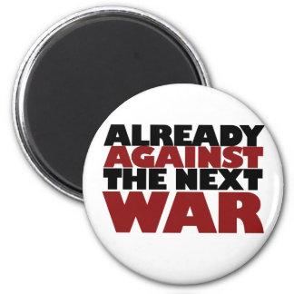 Ya contra la guerra siguiente imán redondo 5 cm
