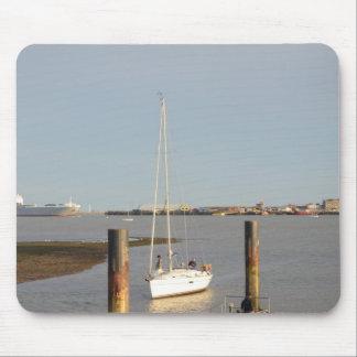 Yacht Bliss Entering Harbour Mousepad