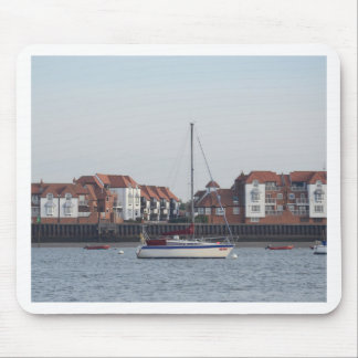 Yacht Bueno Mouse Pad