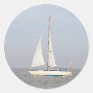 Yacht Lune Orbiter Classic Round Sticker