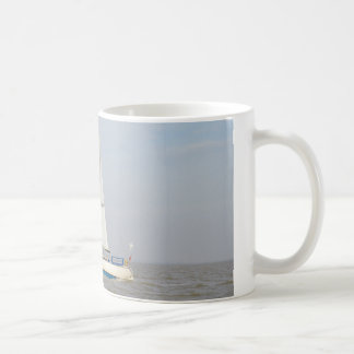 Yacht Lune Orbiter Coffee Mug