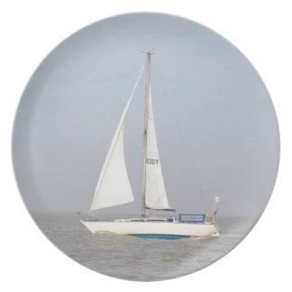 Yacht Lune Orbiter Melamine Plate