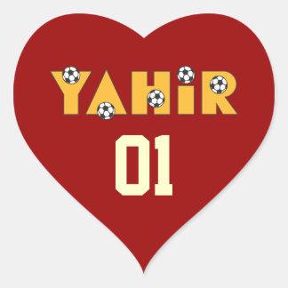 Yahir en oro del fútbol pegatina en forma de corazón