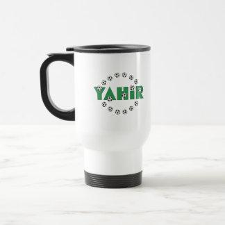 Yahir en verde del fútbol taza