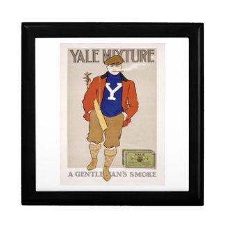 Yale Mixture A Gentleman's Smoke Keepsake Box