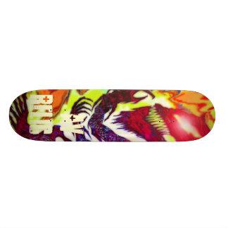 Yamahachi Wolf Classic Skateboard