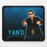 Yan'D Blue Grunge Mouse Pad