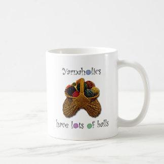 Yarnaholics tiene porciones de bolas taza de café