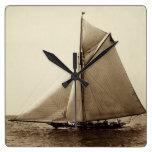 Yate de 1891 americanos en el mar relojes