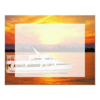 """Yate de la puesta del sol del océano con la falsa invitación 4.25"""" x 5.5"""""""
