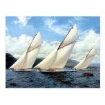 Yates y un pequeño buque del vapor tarjeta postal