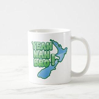 Yeah nah BRO New Zealand KIWI  Auckland design Coffee Mug