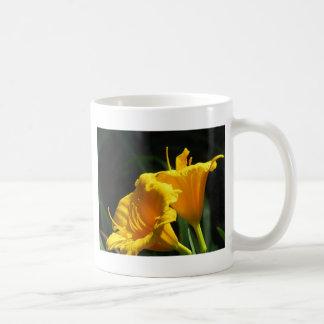 Yello Lillies Coffee Mug