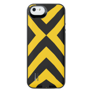 Yellow and Black Chevrons iPhone 5/5s Battery Case