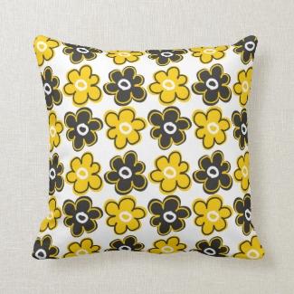 Yellow And Black Retro Flowers Pattern