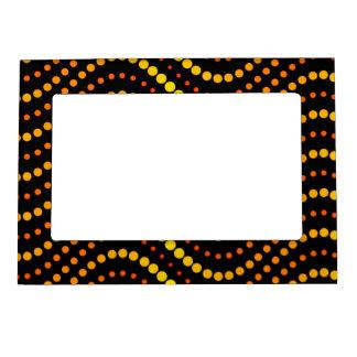 Yellow and orange circle waves pattern magnetic photo frame