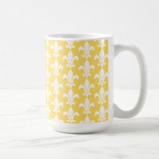 Yellow and White Fleur de Lis Pattern Coffee Mug