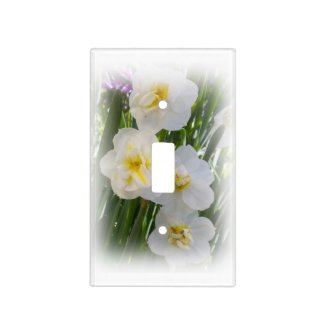 Yellow and White Narcissus Daffodils Light Switch Cover